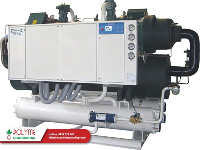 Hệ thống máy lạnh Chiller là gì? So sánh 2 hệ thống giải nhiệt nước và gió