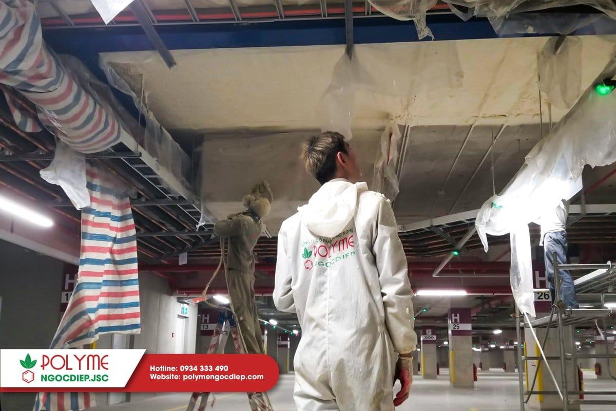 Polyme Ngọc Diệp đang thi công trần mặt dưới sàn kho lạnh Aeon Mall Hải Phòng