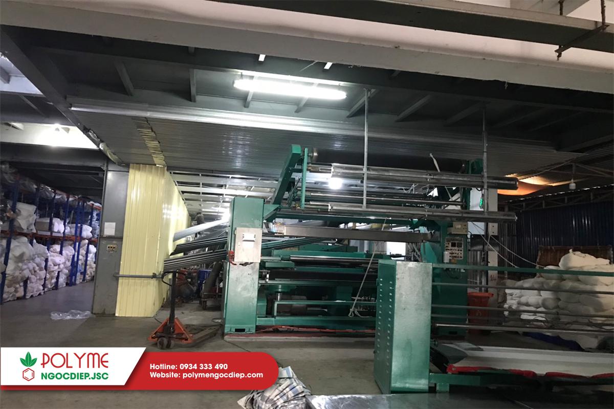 Cách nhiệt trần sàn thép phòng máy sản xuất